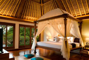 Family Package for your family and holiday for kids in Ubud - Master Bedroom - Two Bedroom Pool Villa