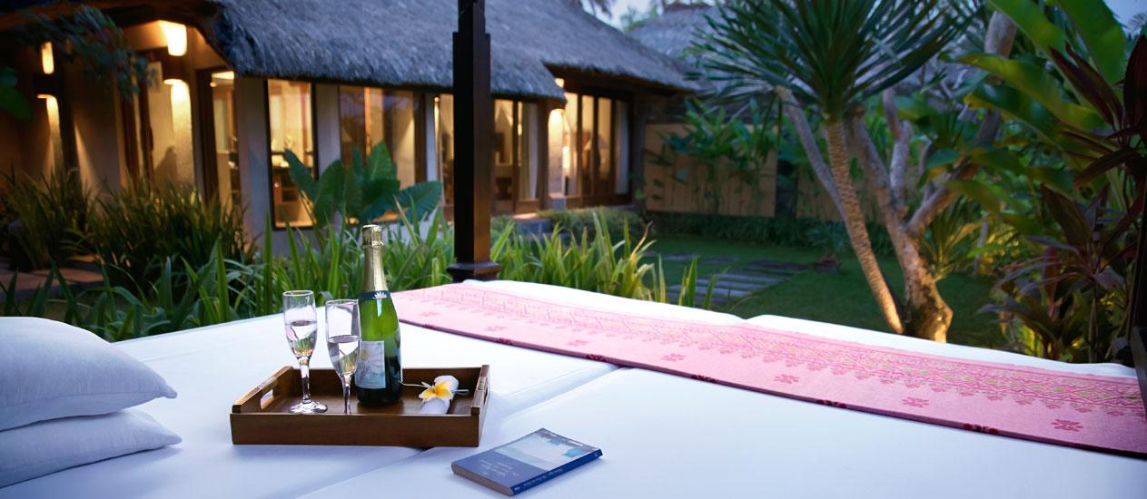 Nice Garden Villa Day Bed, Kamandalu Ubud, Bali   Luxury Resort And Spa