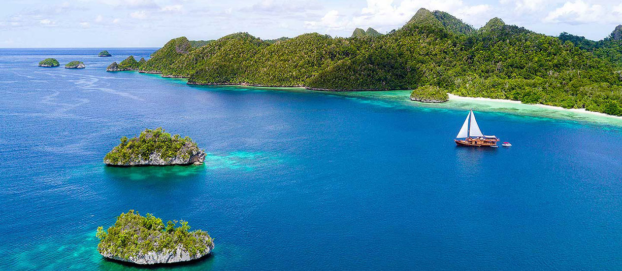 Raja Ampat Island Yacht Cruise by Sequoia Yacht Coral Triangle Safaris