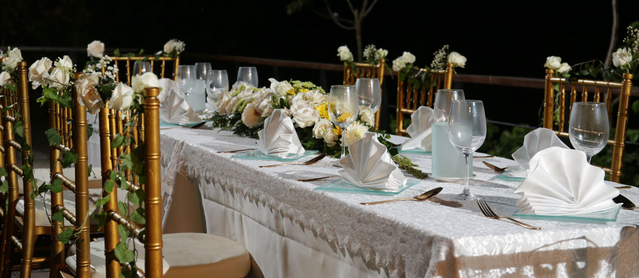 venue for wedding meeting and theme dinner at kamandalu ubud