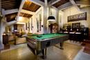 Waroeng Subak Bar & Lounge